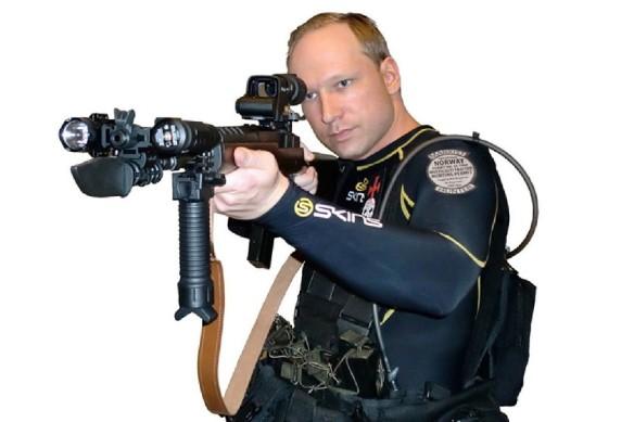 breivik-mit-waffe